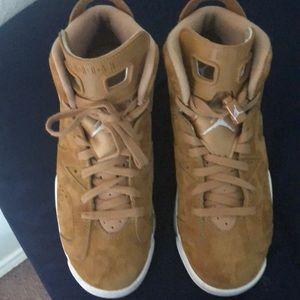 Jordans and w box